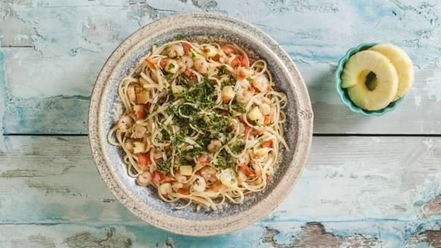 Shrimp with linguini pasta